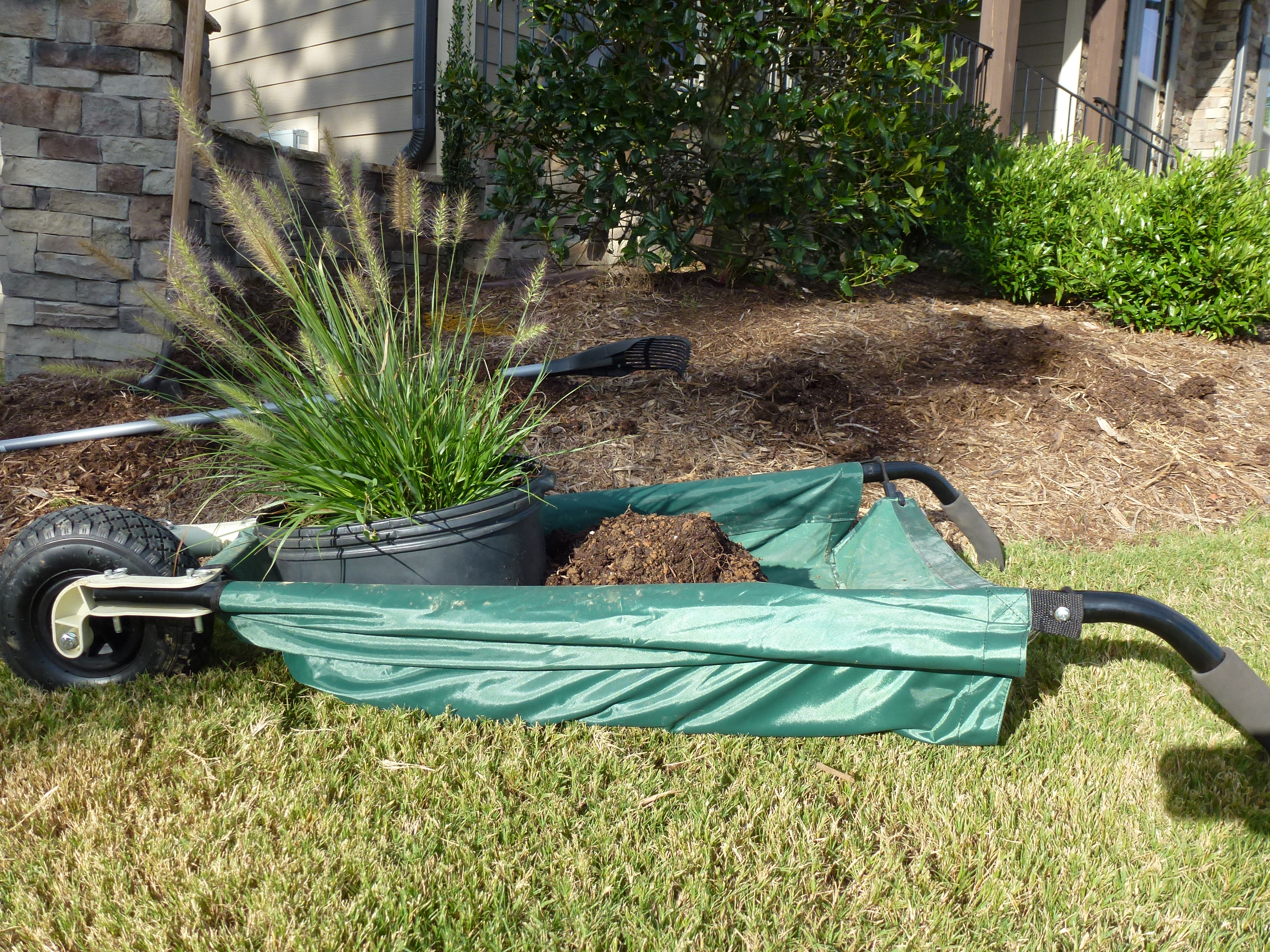 I Received The WheelEasy™LE From Allsop Home U0026 Garden To Try At My New Yard  In North Carolina. It Has Been Helpful In Removing Rocks And Hauling Mulch  And ...